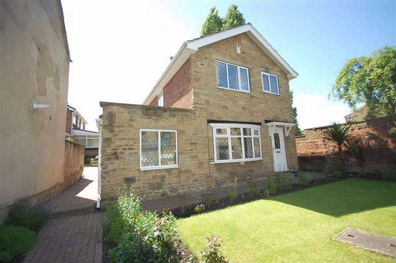 3 Bedrooms Detached House for sale in High Street, Heckmondwike, West Yorkshire, WF16