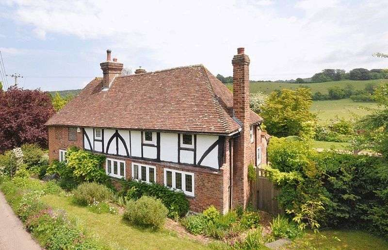 5 Bedrooms Property for sale in Crundale, Canterbury