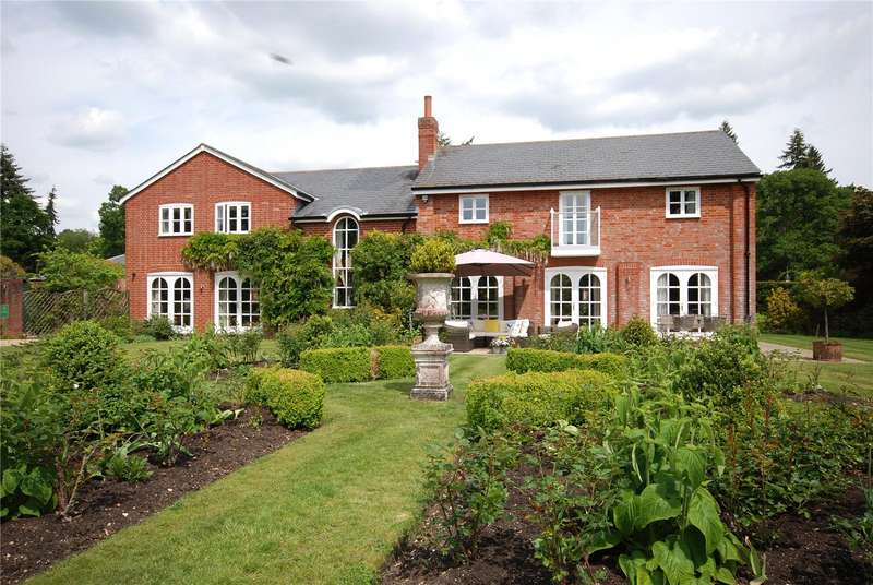4 Bedrooms House for sale in Harbridge Court, Somerley, Ringwood, Hampshire, BH24