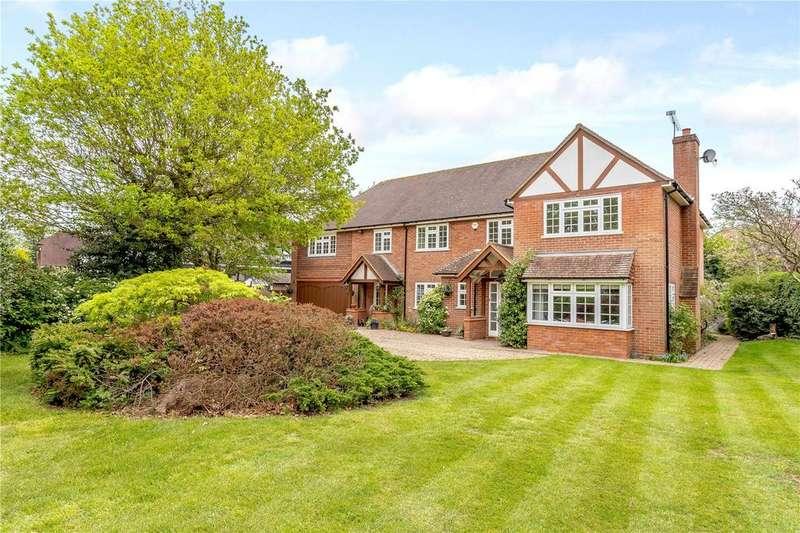 5 Bedrooms Detached House for sale in Green Lane, Burnham