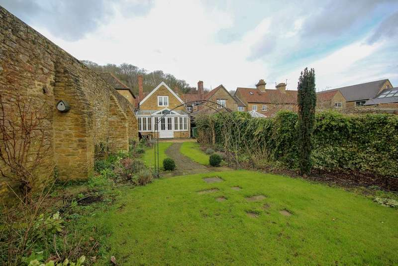 3 Bedrooms Terraced House for sale in Bishopston, Montacute, Somerset