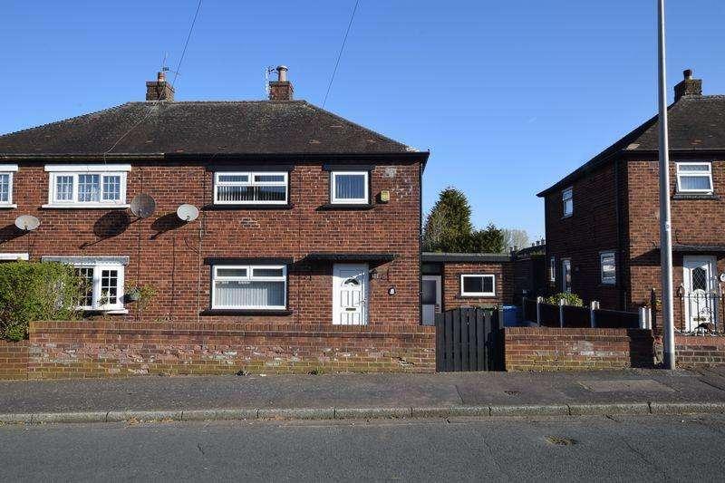 3 Bedrooms Semi Detached House for rent in Almond Avenue, Runcorn