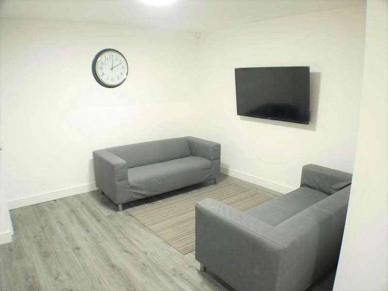 6 Bedrooms House Share for rent in Cotswold Street, Kensington, Liverpool