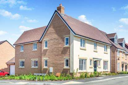 4 Bedrooms Detached House for sale in Ploughman Drive, Woodford Halse, Daventry, Northamptonshire