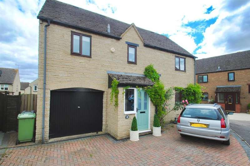 4 Bedrooms Detached House for sale in Morestall Drive, Cirencester