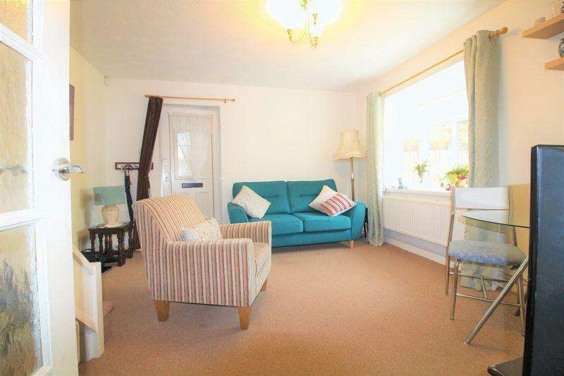 1 Bedroom Cluster House for sale in FREEHOLD Cluster House On Farrow Close, BARTON HILLS