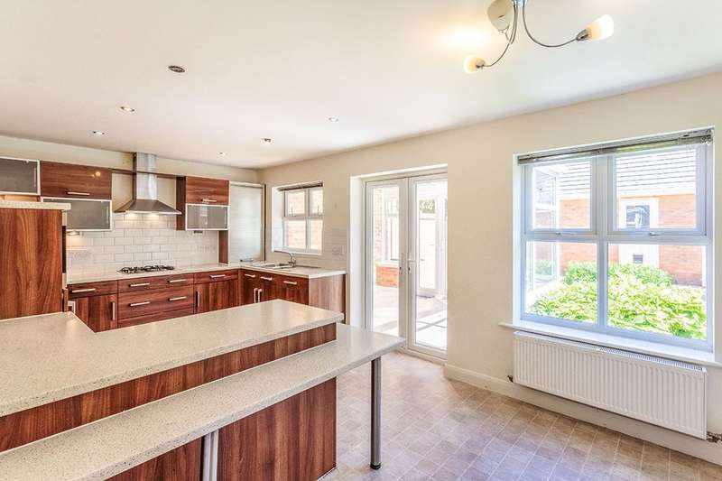 5 Bedrooms Detached House for rent in Victory Boulevard, Lytham St. Annes, FY8