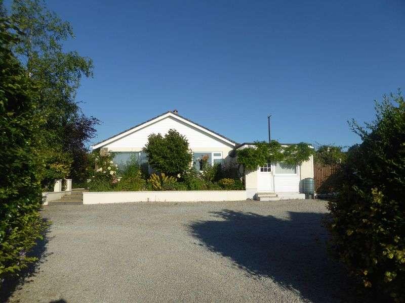 4 Bedrooms Property for sale in Lifton, Devon