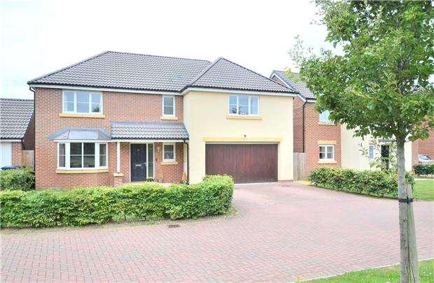 5 Bedrooms Detached House for sale in Bobbin Close, Cotswold Chase, Brockworth