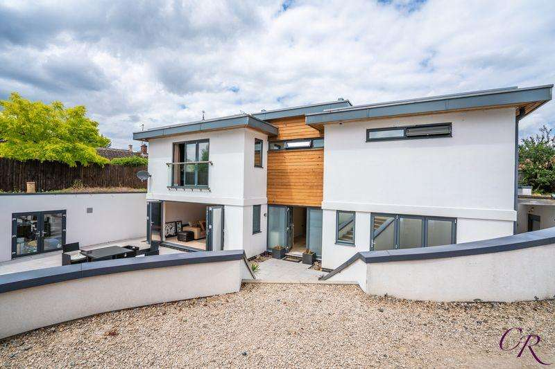 4 Bedrooms Detached House for sale in Blacksmith Lane, Cheltenham