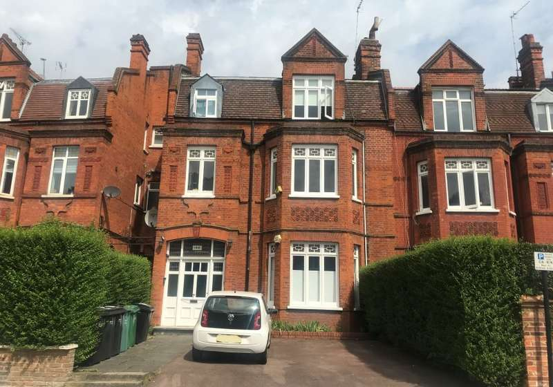 2 Bedrooms Apartment Flat for sale in Flat C, Goldhurst Terrace, South Hampstead, London, NW6 3HP