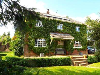 4 Bedrooms Detached House for sale in Swanton Morley, Dereham, Norfolk
