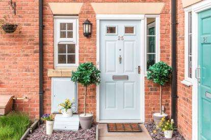 5 Bedrooms Town House for sale in Gibson Close, Nantwich, Cheshire