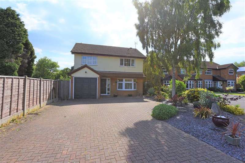 4 Bedrooms Detached House for sale in Bourn Close, Lower Earley, Reading, RG6 4BH