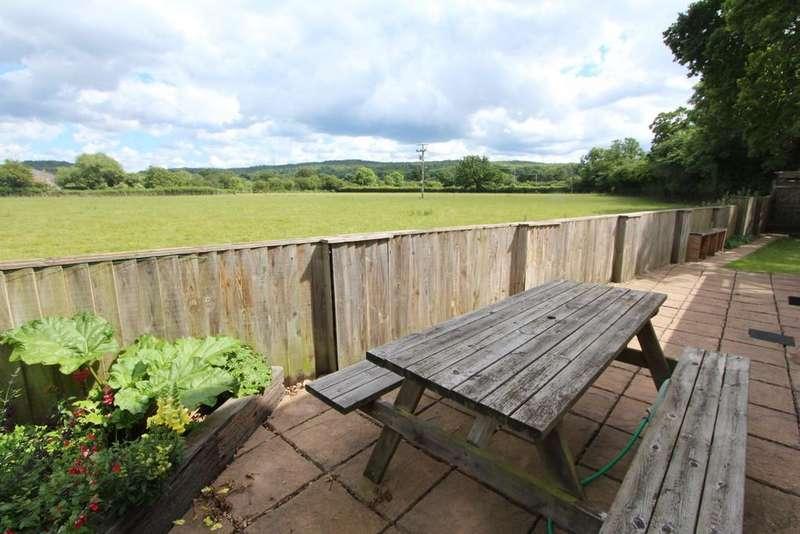 3 Bedrooms Detached House for sale in Chapel Lane, Claverham