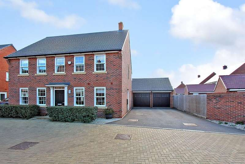 4 Bedrooms Detached House for sale in Little Blakelands, Marston Moretaine, Bedford, MK43