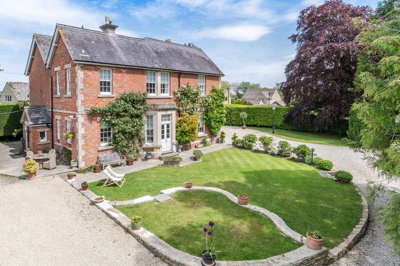5 Bedrooms Detached House for sale in Upper Seagry