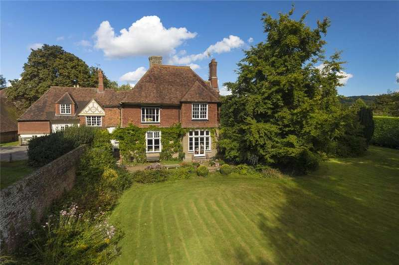 7 Bedrooms Detached House for sale in Market Place, Charing, Kent
