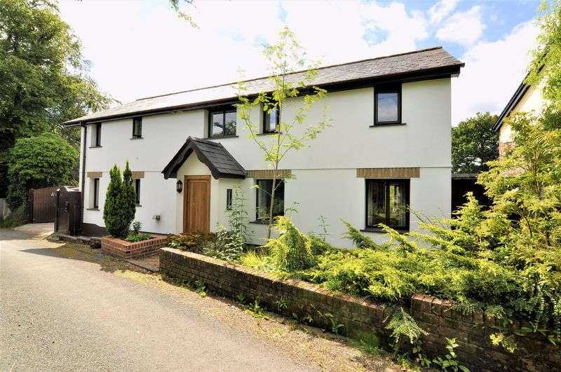 3 Bedrooms Property for sale in Bradford, Holsworthy