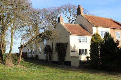 4 Bedrooms Semi Detached House for sale in East Rounton, Northallerton, North Yorkshire, England