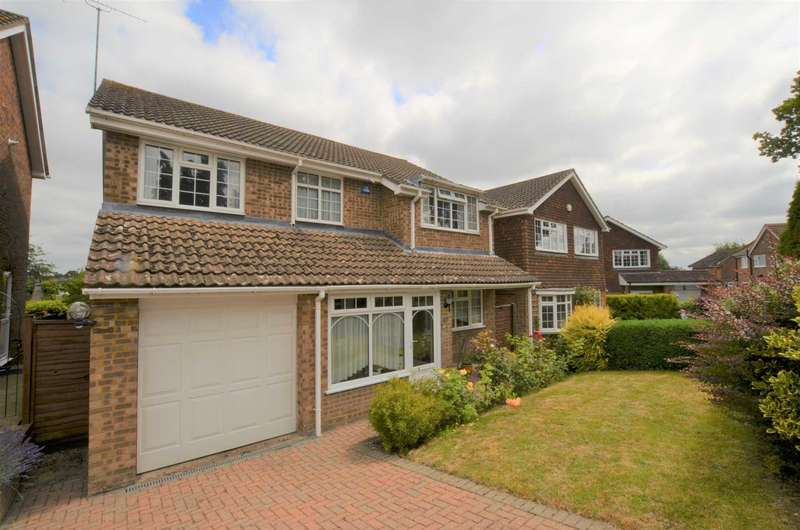 4 Bedrooms Detached House for sale in Pulpit Close, Chesham HP5