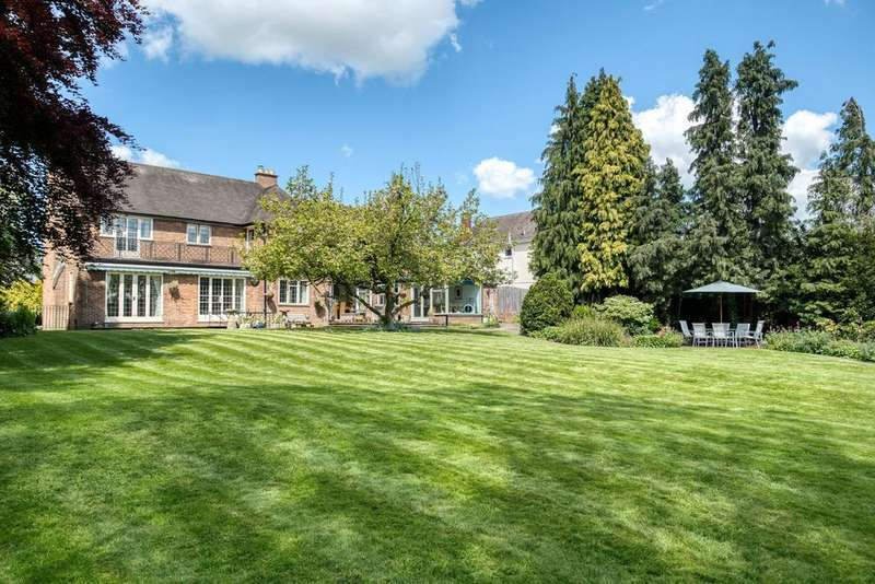 4 Bedrooms Detached House for sale in Corbett Avenue, Droitwich, Worcestershire, WR9