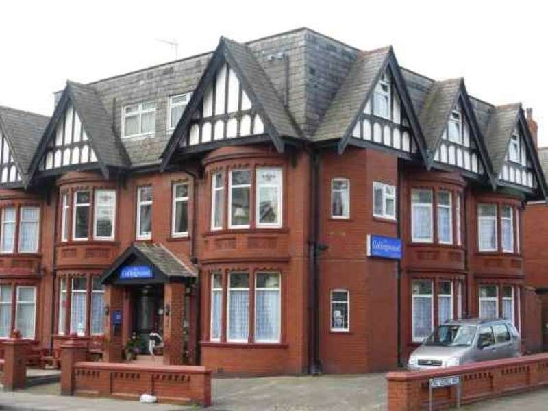 16 Bedrooms Hotel Gust House for sale in Holmfield Road North Shore Blackpool