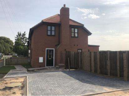 2 Bedrooms End Of Terrace House for sale in London Road, Six Mile Bottom, Newmarket