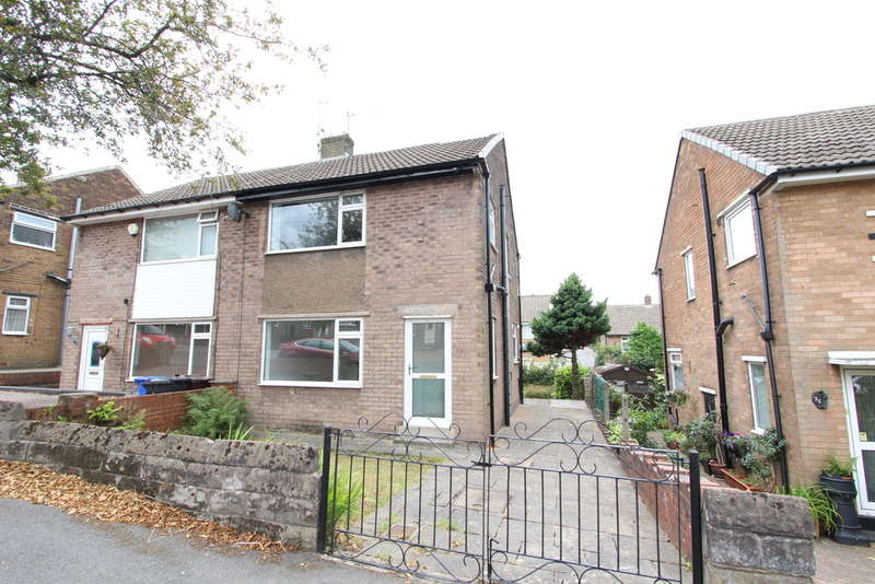 3 Bedrooms Semi Detached House for sale in Tadcaster Crescent