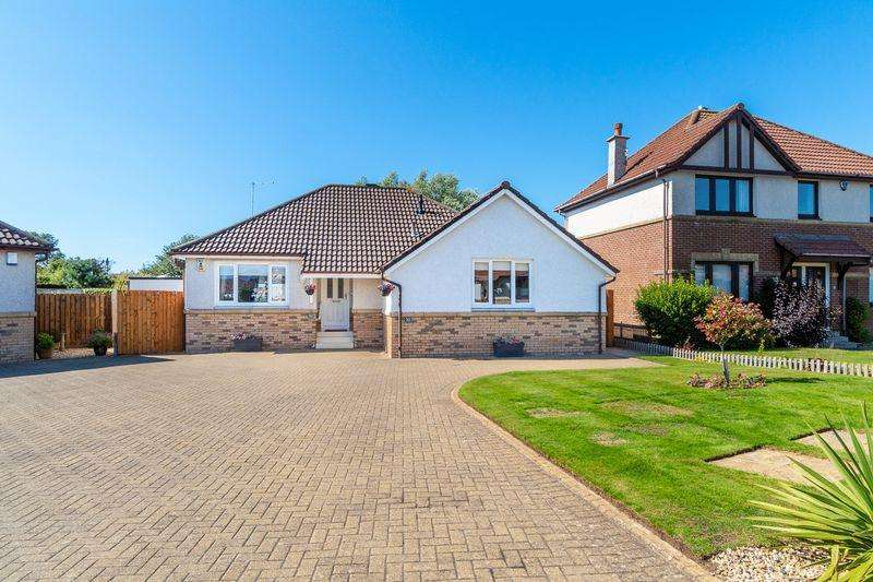 3 Bedrooms Detached Bungalow for sale in 10 Milton Crescent, Troon, KA10 7LS