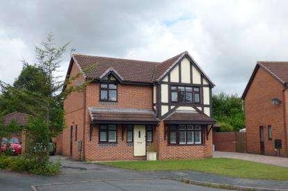 4 Bedrooms Detached House for sale in Tunbridge Close, Great Sankey, Warrington, Cheshire