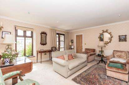 2 Bedrooms Semi Detached House for sale in Southwood Lane, N/A, Cheltenham, Gloucestershire