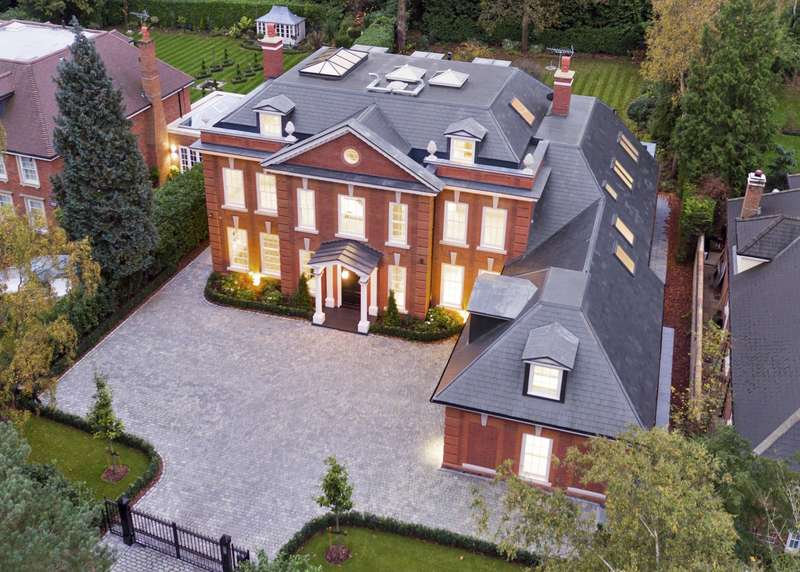 6 Bedrooms Detached House for sale in Albury Road, Burwood Park, Walton On Thames, KT12