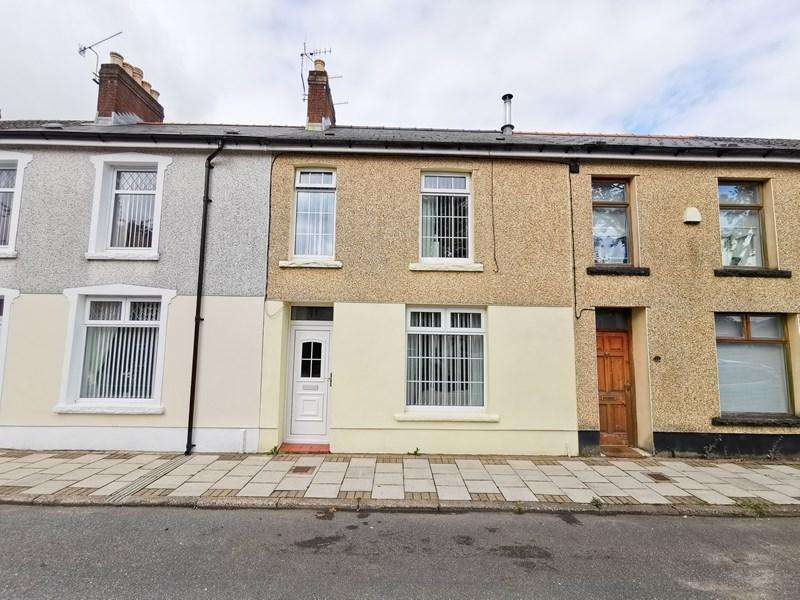 3 Bedrooms Terraced House for sale in Queens Crescent, Rhymney, Tredegar
