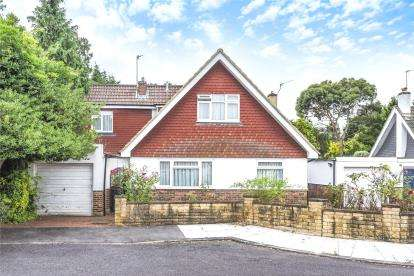 5 Bedrooms Detached House for sale in Aberdare Close, West Wickham
