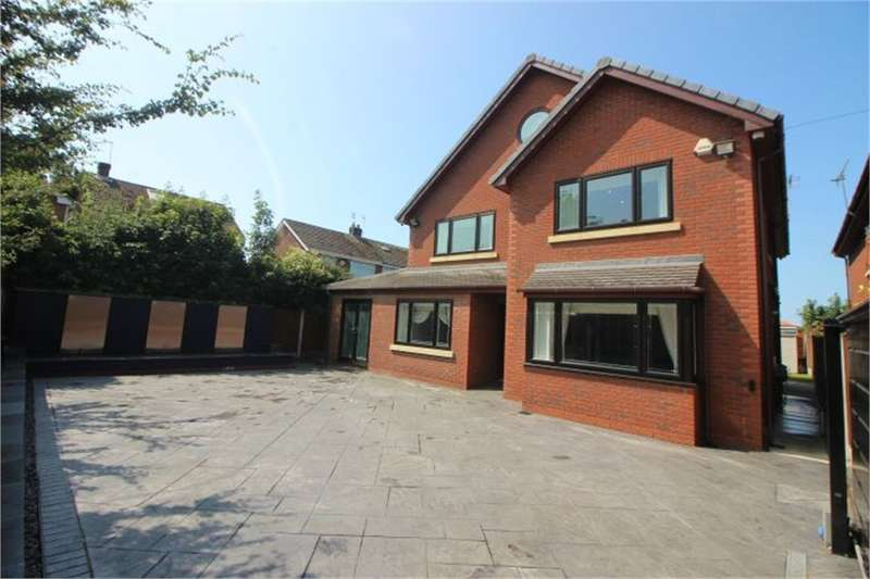 5 Bedrooms Detached House for sale in Old Forge Row, Lydiate, Merseyside, Merseyside