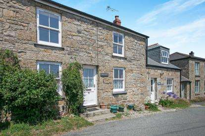 3 Bedrooms Terraced House for sale in Ludgvan Churchtown, Penzance, Cornwall
