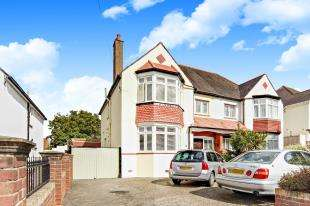 4 Bedrooms Semi Detached House for sale in Meadow Road, Sutton, Surrey