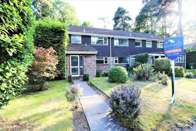 4 Bedrooms End Of Terrace House for rent in Troutbeck Walk, Camberley, GU15