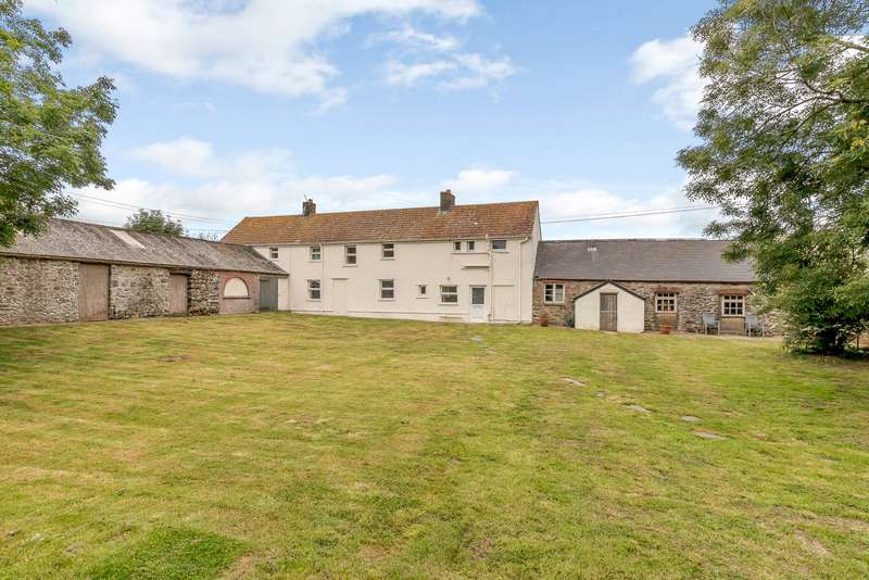 5 Bedrooms Barn Character Property for sale in Harp Makers Farm, Wolfscastle, Haverfordwest, Pembrokeshire