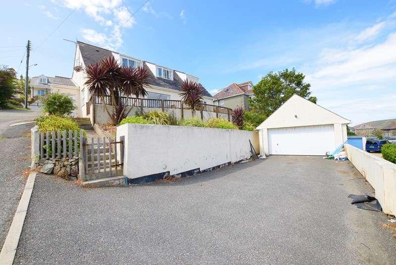 4 Bedrooms Detached Bungalow for sale in Lower Tywarnhayle Road, Perranporth