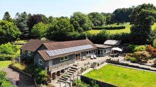 4 Bedrooms Bungalow for sale in Swife Lane, Broad Oak, Heathfield, East Sussex