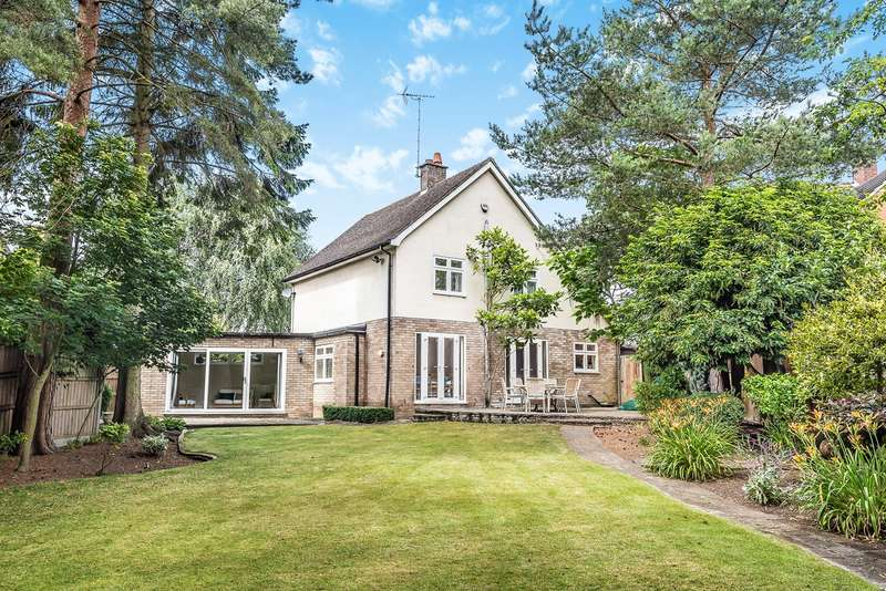 4 Bedrooms Detached House for sale in Charlton Road, Charlton, Hitchin, SG5