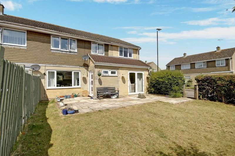 5 Bedrooms Semi Detached House for sale in Tuckwell Road, Kempsford, Gloucestershire, GL7