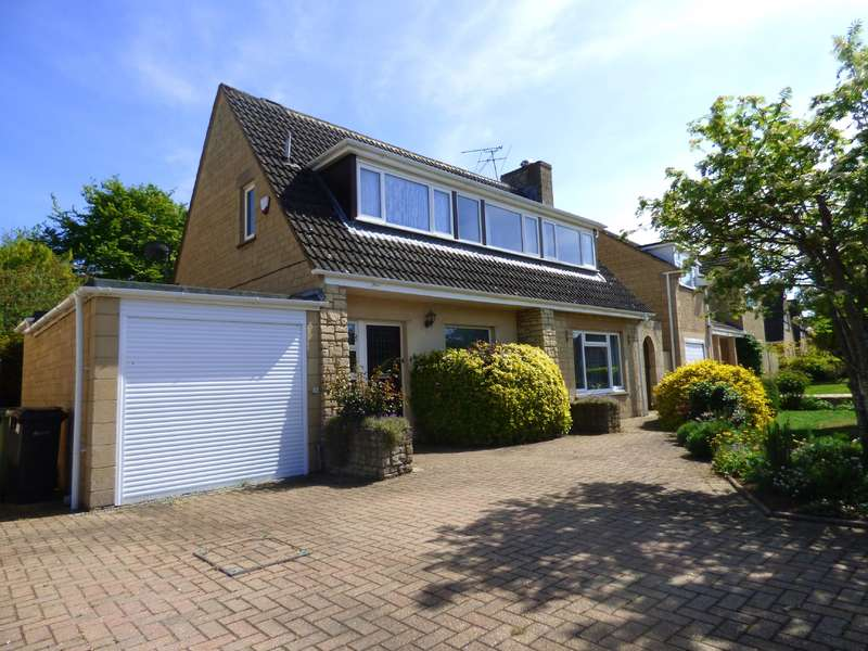 4 Bedrooms Detached House for sale in Roman Way, Lechlade