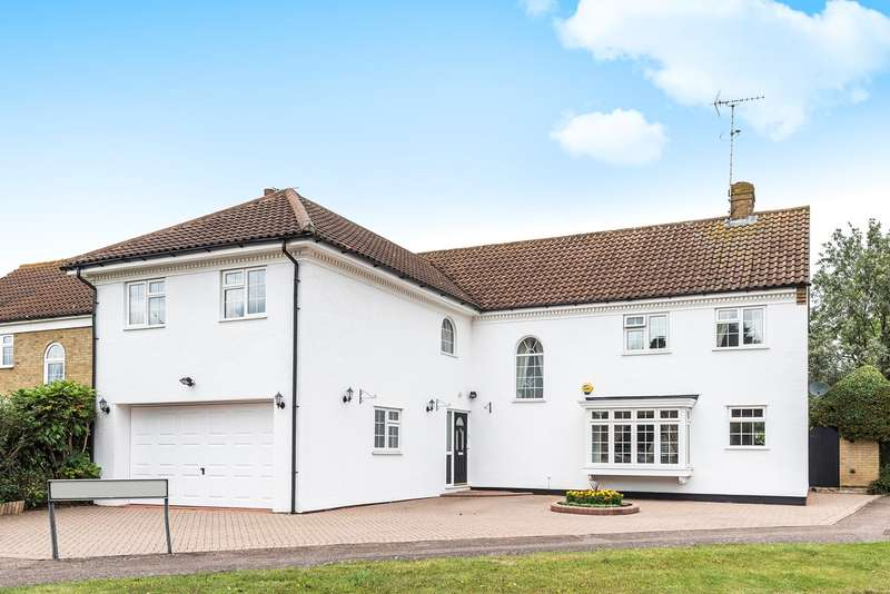 5 Bedrooms Detached House for sale in Woburn Close, Flitwick, MK45