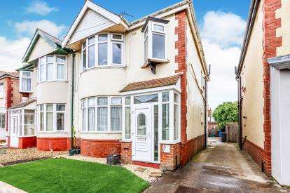 2 Bedrooms Flat for sale in Derby Road, Thornton-Cleveleys, Lancashire, FY5