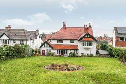 6 Bedrooms Detached House for sale in Ael Y Bryn Road, Colwyn Bay, Conwy, LL29