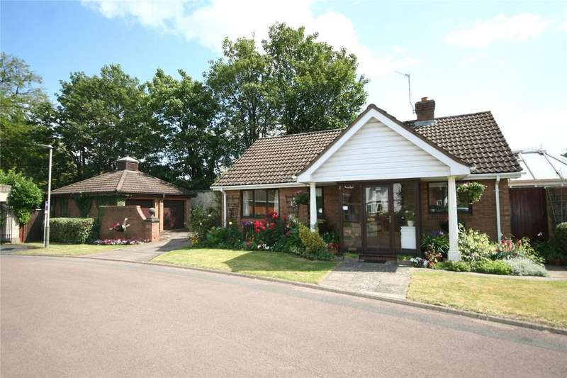 2 Bedrooms Bungalow for sale in Hatherley Gate, Lansdown, Cheltenham, GL51