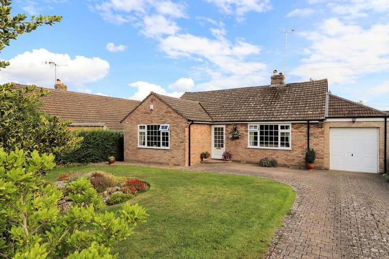 3 Bedrooms Detached Bungalow for sale in Orchard Road, Winchcombe